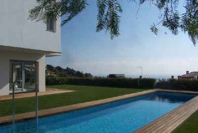 Amazing house with a swimming pool and sea views on Maresme Coast